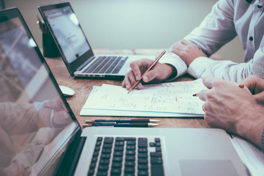 Šta je revizija i koje su koristi vršenja revizije finansijskih izvještaja?